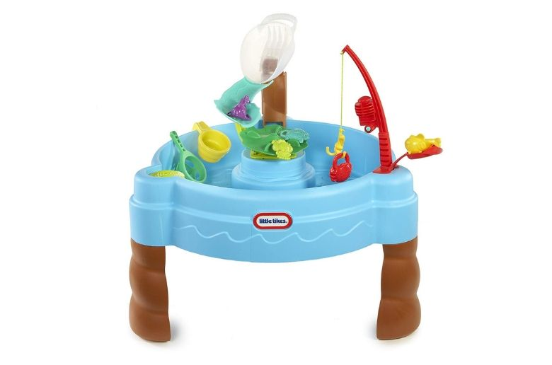 Water table showing a fishing rod and a table with accessories