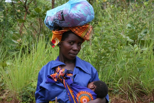 African lady with child