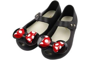 Girls Minnie Mouse sandals with dots on the bow