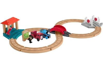 Easy to assemble train set