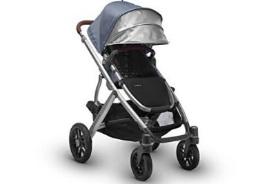 Baby stroller with canopy facing forward