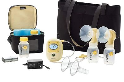 Breast pump with carrying bag and cooler