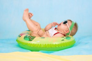 Swimming baby pictorial