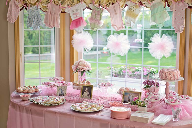 Baby shower pastries set-up